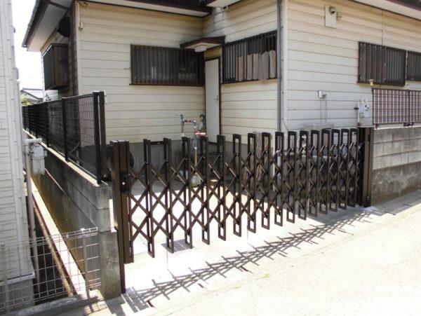 松戸市の伸縮門扉