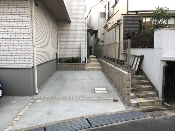 玄関前駐車場工事