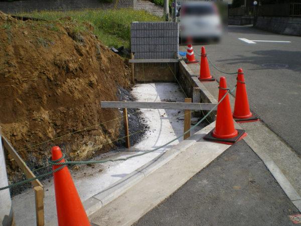 川越市の新築エクステリア擁壁工事2