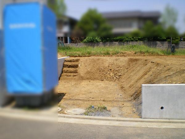 川越市新築エクステリアの玄関アプローチ1