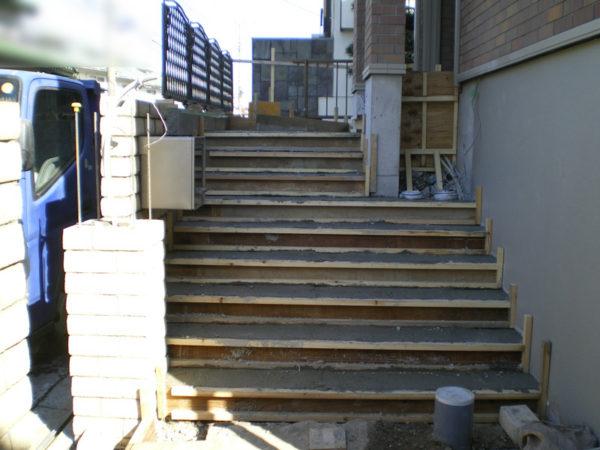 川越市かし野台エクステリア階段2