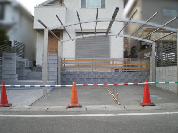 川越市新築エクステリア【駐車場コンクリート・カーポート】4