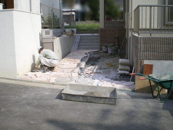 川越市新築エクステリアの玄関アプローチ5