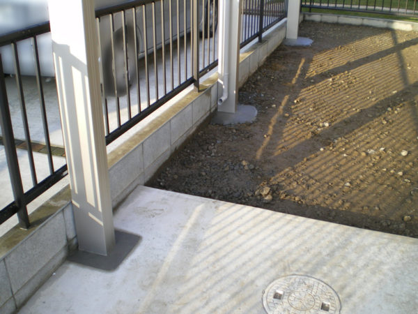 埼玉県さいたま市 【駐車場のコンクリート・カーポート設置工事】3