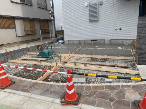 志木市の新築エクステリア施工中3