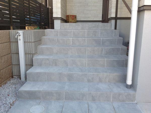 川越市小仙波 庭の階段工事