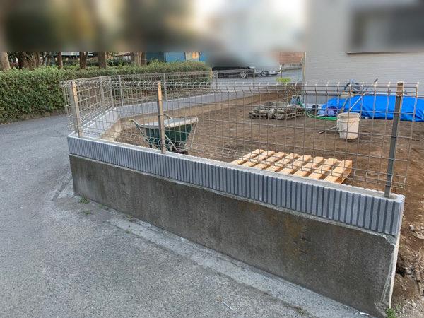 所沢市 狭山ヶ丘フェンスと門扉の設置工事3