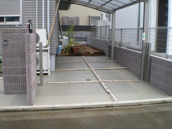 川越市小仙波駐車場のコンクリート工事の施行中1