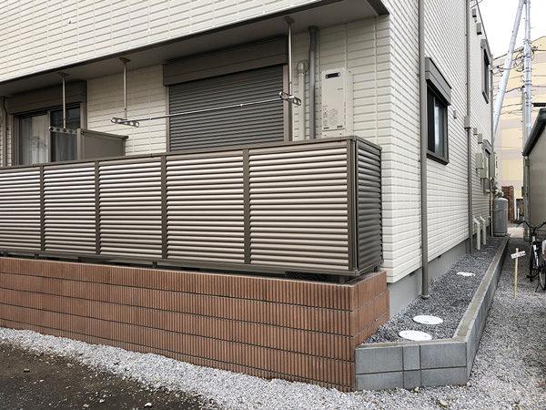 川越市新宿正面目隠しフェンスの施工後2