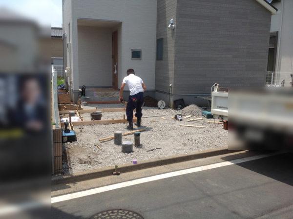 所沢市 庭のコンクリート工事と乱形石1