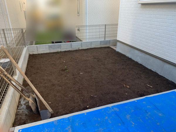 人工芝からコンクリート2