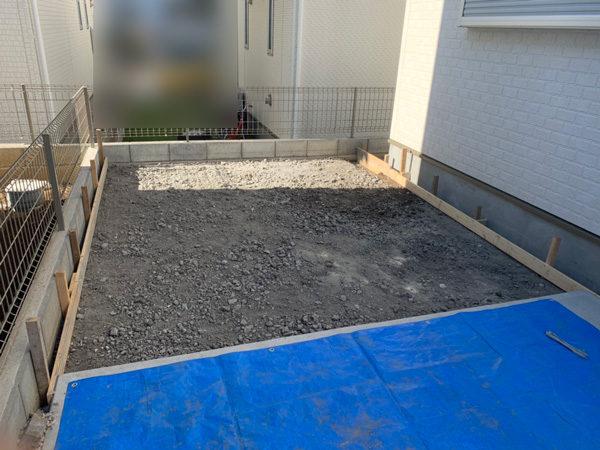 人工芝からコンクリート3
