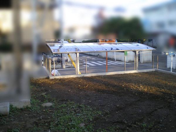 南古谷の擁壁・切土・駐車場・カーポートの屋根上から