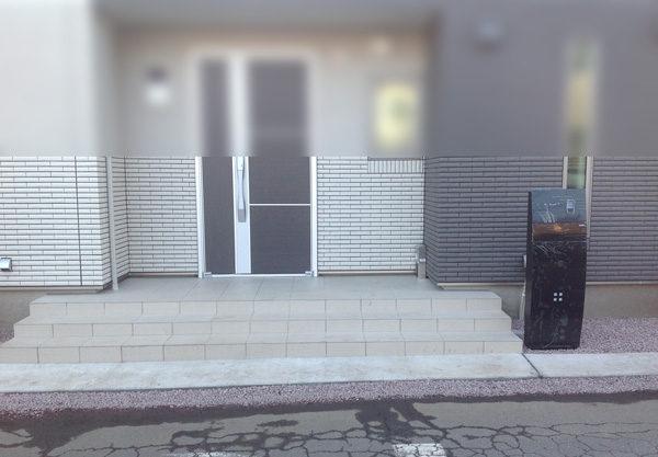 機能門柱黒1