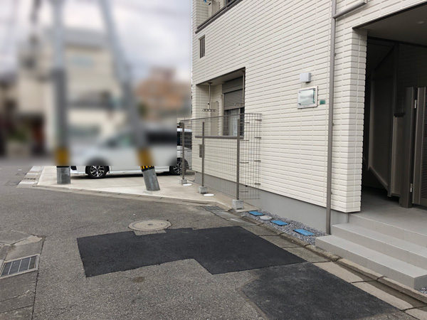 川越市のアパートの門扉部分3