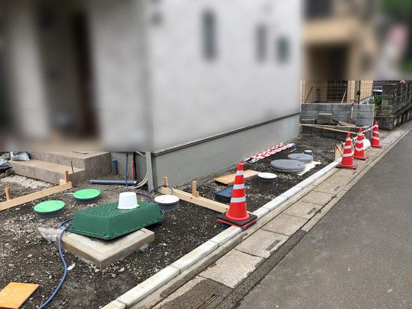 川越市の土間コンクリート工事NO.20の施工中横2-10
