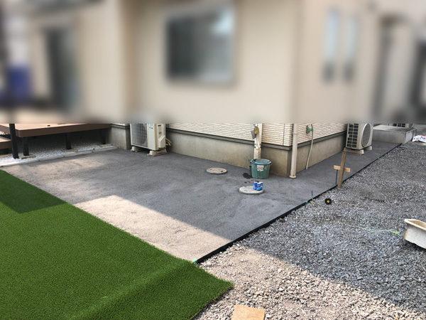 川越市の人工芝の施工5犬走の土間コンクリート
