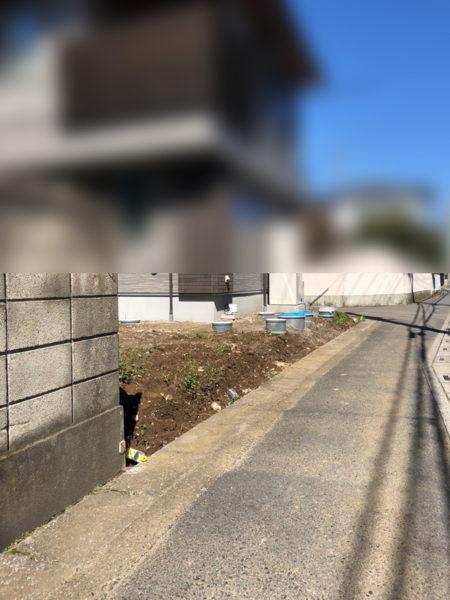 フェンスの部分施工前1