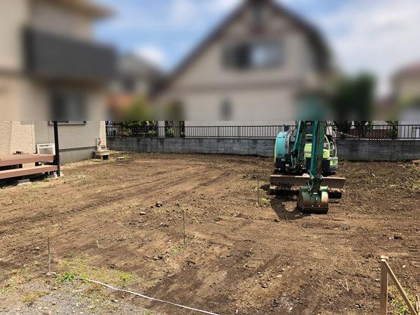 川越市の人工芝の施工2整地作業