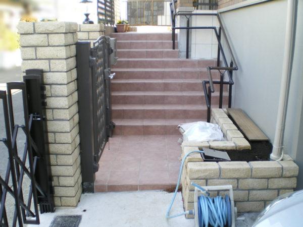 玄関前階段3の施工後