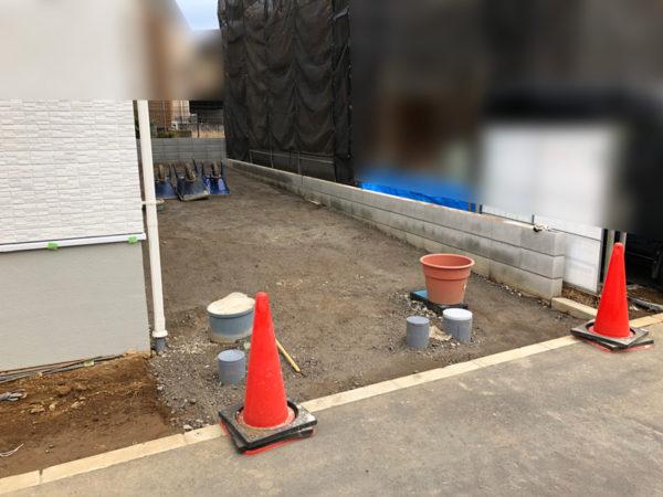 土間コンクリート施工中砕石済3
