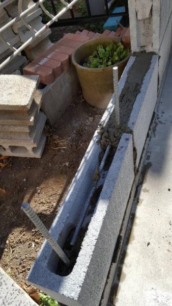 小規模ブロック施工中4