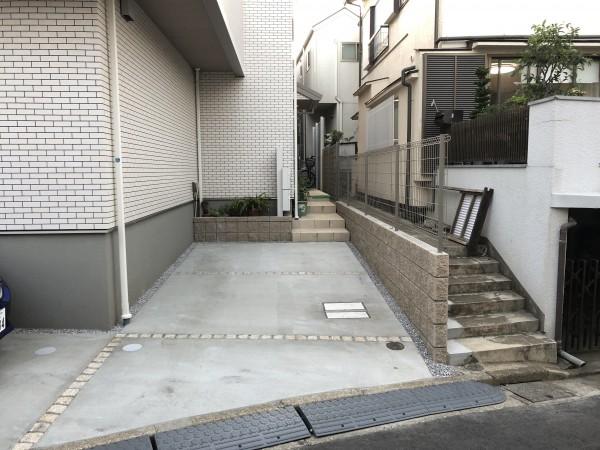 川越市 A様邸 フェンス.駐車場(玄関前).機能門柱の工事