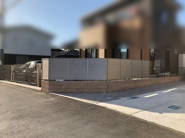 川越市 目隠しフェンスの設置工事のサムネイル