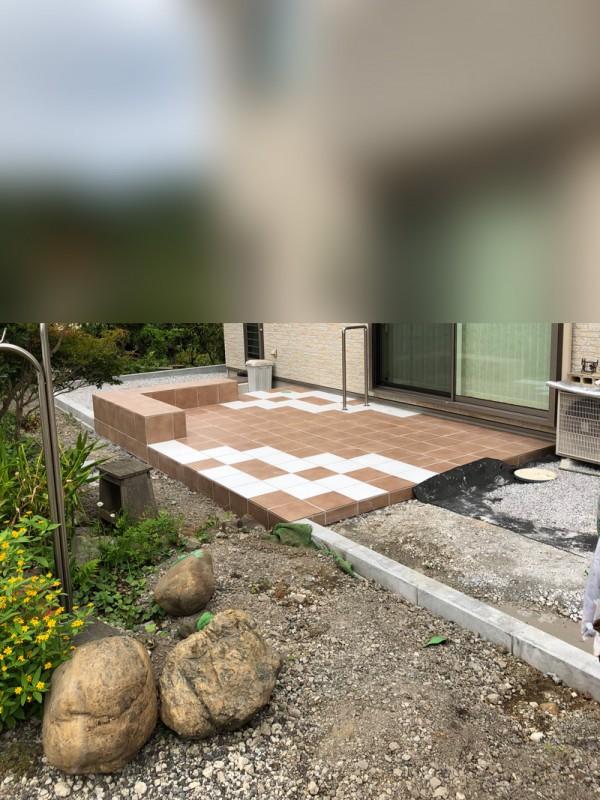 所沢市 タイルテラス(デッキ)の設置工事のサムネイル